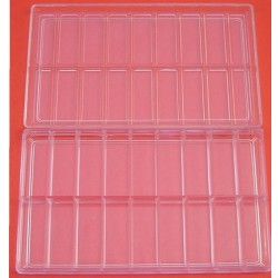 Kutija plastična manja sa 18 pregrada